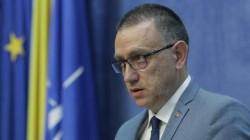 Numele lui Mihai Fifor apare în dosarul permiselor de port-armă eliberate ilega ...