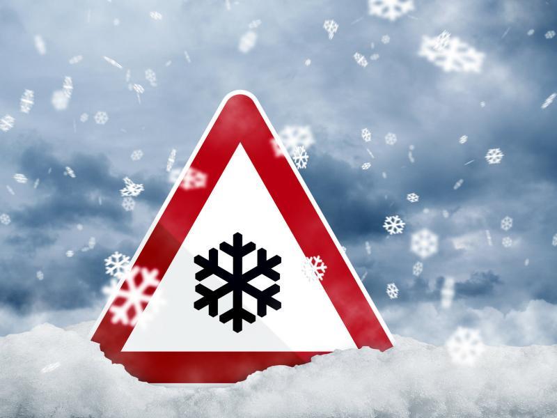 Măsuri pentru prevenirea efectelor negative ale temperaturilor foarte  scăzute. Atenţie sporită a autorităţilor pentru oamenii străzii!