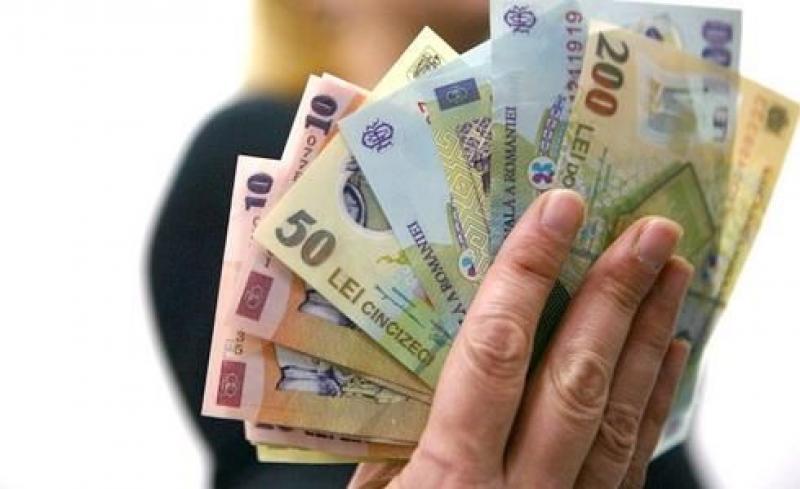 OFICIAL ! Salariul minim va crește din 1 februarie !
