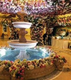 Nuntă de 1 miliard de dolari ! Nici nu-ți imaginezi cum arată mireasa şi tortul mirilor ! INTRĂ să vezi