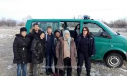 O familie din Siria a vrut să treacă ilegal frontiera pe jos !