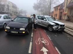 Accident între un BMW şi un  VW în Grădişte