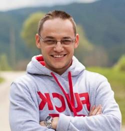 El este românul care şi-a răsplătit angajații, aşa cum nu prea ai mai auzit ! AFLĂ ce a făcut !