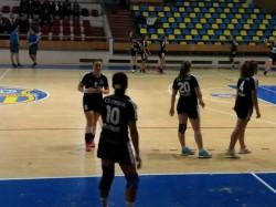 Handbal feminin - liga naţională, divizia A. CS Crişul Chişineu Criş - Dacia Mioveni: 26-29