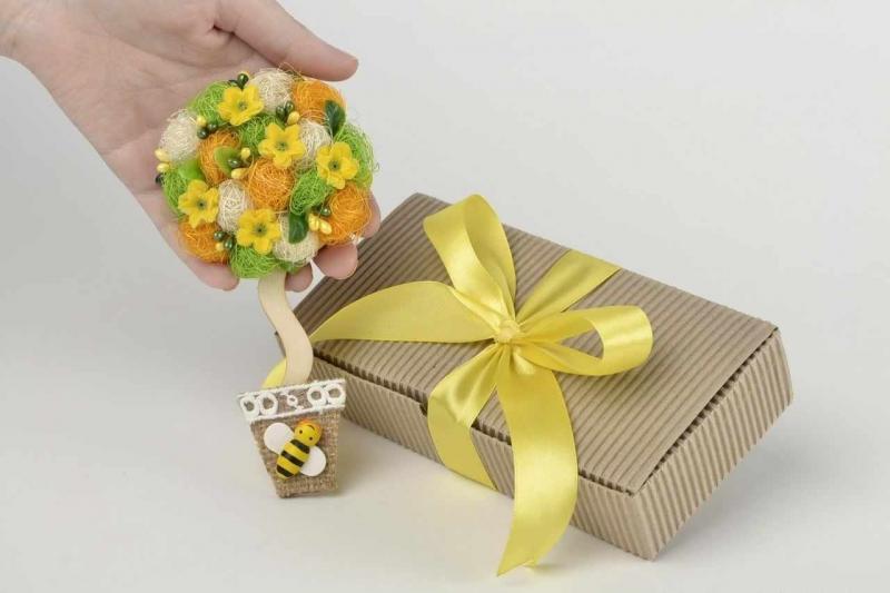 ATENȚIE ! Ce cadouri să nu oferi sau să NU primeşti niciodată !