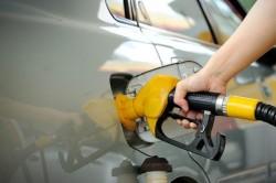 Un tânăr de 25 de ani din Arad avea un obicei prost,  alimenta la benzinărie apoi se făcea nevăzut