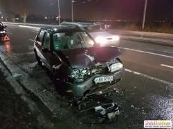 Dublu accident pe Strada Petru Rares, la ieşire din Arad(Galerie FOTO)
