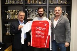 UTA se întăreşte pentru promovare cu un italian