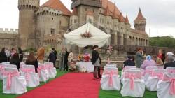 Vrei să simți emoțiile unei căsătorii? Mâine 24 februarie de Dragobete poți face o probă ! AFLĂ unde !