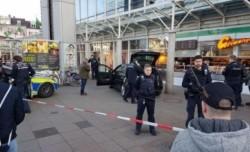 UPDATE ! Trei persoane au fost rănite în Germania ! Un bărbat a intrat intenționat cu maşina în oameni