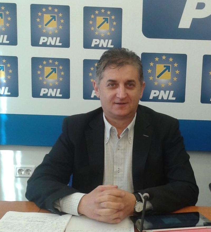 """Eusebiu Pistru, deputat PNL: """"Susțin în totalitate proiectul legislativ privind reducerea cotelor de impozitare!"""""""