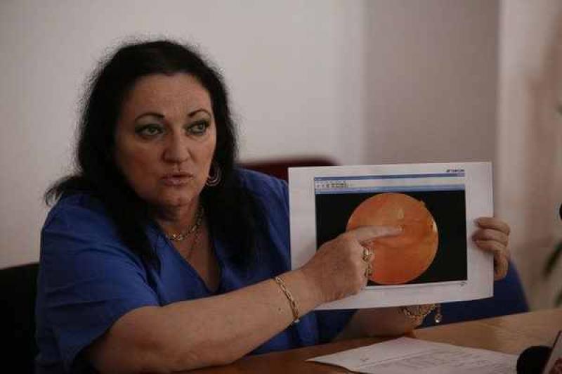Fetiță, la numai 12 ani a rămas fără vedere la un ochi! Doctoriță din Timişoara şi Monica Pop vinovate în acest caz ! AFLĂ mai multe detalii