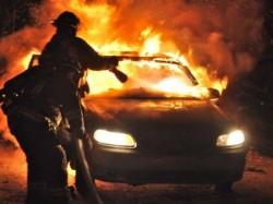 A murit ars de viu în maşină!
