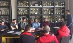 """Discuție între utiști și arbitrul Ovidiu Hațegan pe tema """"Legile jocului și arbitrajului"""""""