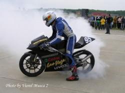 Motociclism viteză cu pilotul  arădean Robert Mureşan