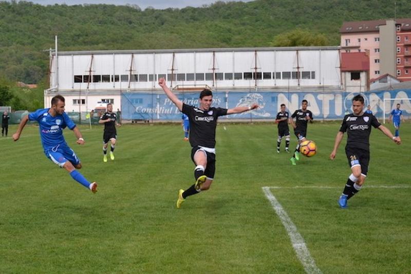 Fotbal Liga III-a (seria a IV-a), rezultatele etapei a 22-a: Ripensia, Galda și Sebiș umăr la umăr pentru locul 1 !