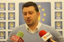 Călin Abrudan si-a retras candidatura pentru şefia PNL Arad!