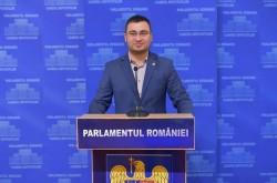 """Glad Varga (PNL): """"Vă supun dezbaterii proiectul de lege privind interzicerea exploatării masei lemnoase din Parcurile Naționale!"""""""