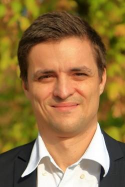 Sergiu Vlad (USR) solicită investigarea crizei gunoaielor de pe străzi