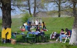 AFLĂ cum va fi vremea pe 1 Mai ! Luăm umbrela cu noi, sau mergem la iarbă verde?