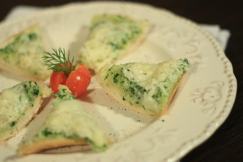 Reţeta săptămânii-Bruschete cu usturoi şi pătrunjel- de Alina Bucatoş