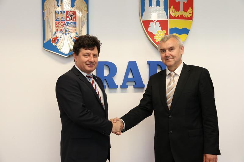 Relaţii diplomatice Arad-Belarus