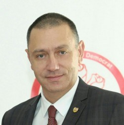 """Mihai Fifor: """"Am votat pentru cel mai amplu program de combatere a șomajului în rândul tinerilor"""""""