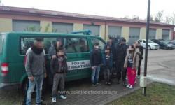 14 cetățeni străini, opriți de polițiștii de frontieră la granița cu Serbia