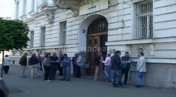 A doua zi de protest la finanţiştii arădeni