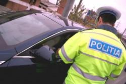 Peste 600 de sancţiuni aplicate de poliţistii arădeni în cadrul acţiunilor desfăşurate în sistem integrat