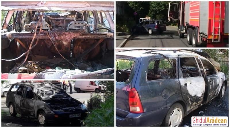 Panică în centrul Aradului, o maşină a ars ca o torţă (FOTO/Video)