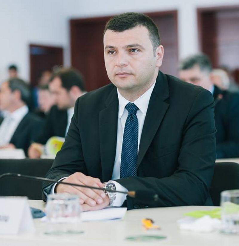 """Sergiu Bîlcea (PNL): """"Noi străzi reabilitate în Arad!"""""""