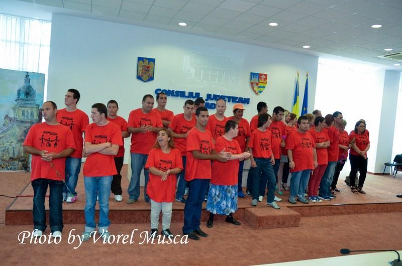 """Centrul de Integrare prin Terapie Ocupaţională """"Tabacovici"""" Arad  ZECE ANI DE ACTIVITATE"""