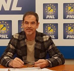 """Ovidiu Moşneag (PNL Arad): """"Când PSD nu vrea nici iarba nu creşte!"""""""