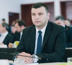 """Sergiu Bîlcea (PNL):""""Taberele din PSD vor să confişte Guvernul în interes propriu!"""""""