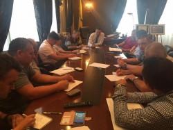 Falcă a convocat sâmbătă dimineaţa un comandament pentru a evalua situația existentă în Arad după furtuna de vineri