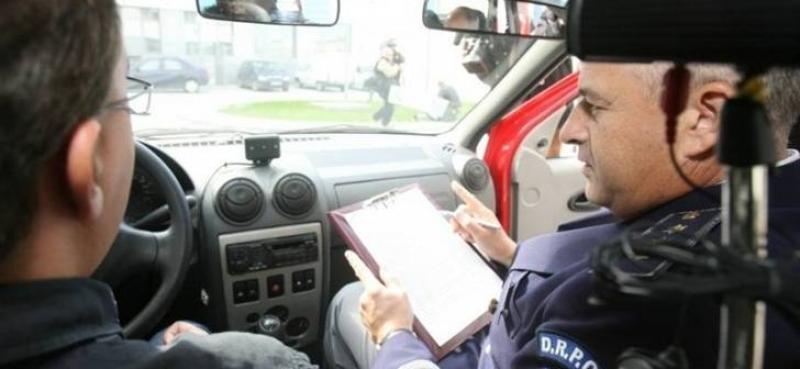 """Gata cu """"şpaga"""" la examenul auto! De acum se înregistrează audio-video proba practică!"""