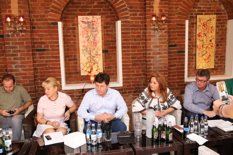 Ziua turismului arădean, 30 de expozanţi înscrişi şi Arad Pool Party