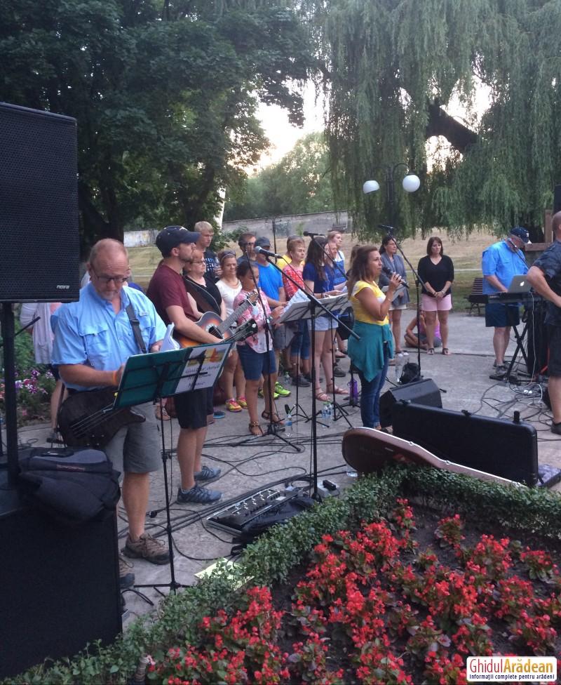 Tineri din SUA, prezenți la Lipova !