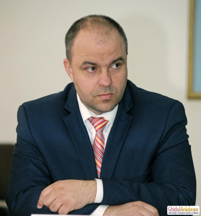 """Adrian Todor (PSD): """"Primarul Gheorghe Falcă se autodenunţă la DNA"""""""