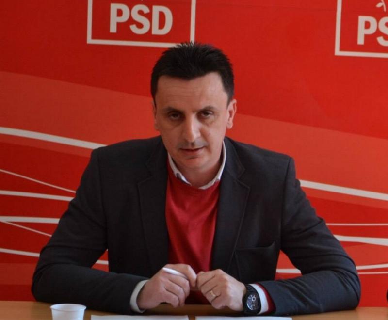 Deputatul PSD Florin Tripa sprijină industria produselor tradiţionale locale...să nu se prăbuşească!
