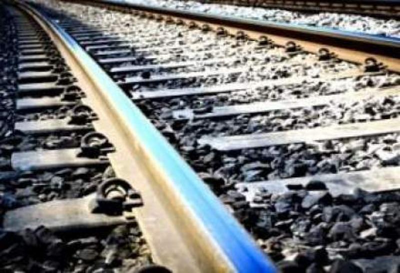SCANDALOS! CFR,  zeci de şantiere feroviare deschise în plin sezon estival, pentru lucrări de întreţinere