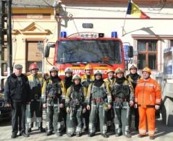 Zile de foc pentru ISU Arad| Au executat 74 misiuni de intervenţie într-un singur weekend