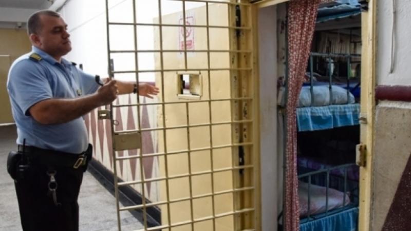 Protest  în toate închisorile din ţară! Angajaţii se plâng de condiţiile inumane de muncă!