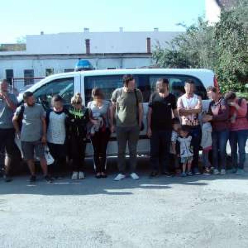 Paisprezece cetățeni din Irak şi Siria, opriți la frontiera cu Ungaria