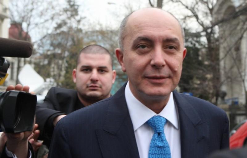 Puiu Popoviciu, condamnat definitiv la 7 ani de închisoare, este de negăsit! A fost dat în urmărire internațională