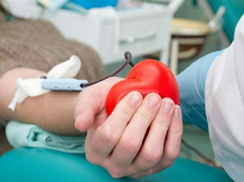 Criză de sânge în spitale! Canicula şi concediile au făcut ca numărul donatorilor să scadă la aproape la jumătate