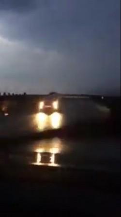 VIDEO-Şofer filmat în timp ce conducea pe contrasens, pe autostrada Arad-Timişoara