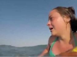 VIDEO IMPRESIONANT -O tânără a fost salvată de la înec de un grup de salvamari din Eforie ! Momentul a fost filmat în direct !