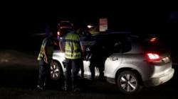 O fetiță de numai 13 ani a fost ucisă de un șofer care a intrat cu autoturismul într-o pizzerie! Alte 12 persoane rănite grav